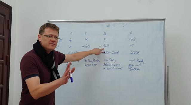 Ngày 20/11: Giáo viên nước ngoài nói gì về học sinh Việt Nam? - Ảnh 3.