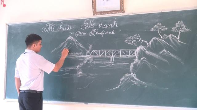 Những tác phẩm nghệ thuật từ phấn trắng của thầy giáo xứ Thanh gây sốt - Ảnh 3.