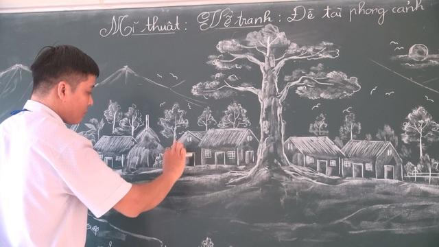 Những tác phẩm nghệ thuật từ phấn trắng của thầy giáo xứ Thanh gây sốt - Ảnh 2.