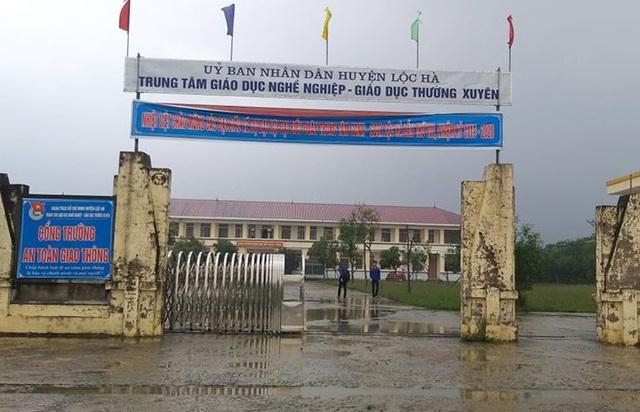 Nam sinh ở Hà Tĩnh bị đâm trọng thương trên đường đi học về - Ảnh 1.