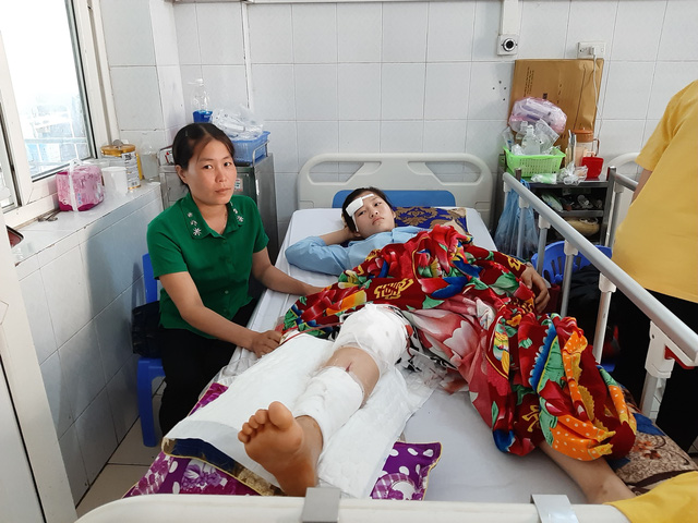 Thanh Hóa: Bí thư Đảng ủy kiêm Chủ tịch UBND xã tông xe vào 2 nữ sinh rồi bỏ trốn - Ảnh 2.
