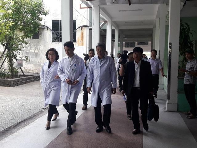 Bộ Y tế trực tiếp vào làm rõ vụ 2 sản phụ tử vong, 1 nguy kịch khi đẻ mổ ở Đà Nẵng - Ảnh 1.