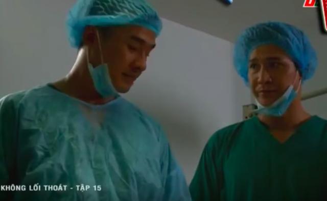 Không lối thoát tập 15: Giết người chưa đủ, bác sĩ Minh còn gài bẫy khiến bệnh nhân phải cưa chân và nhảy lầu tự sát - Ảnh 2.