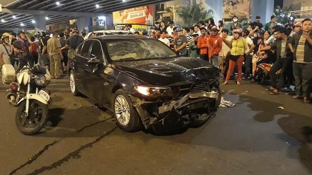 Vụ nữ tài xế Mercedes gây tai nạn kinh hoàng: Thủ phạm chính là thứ không thể thiếu của chị em phụ nữ? - Ảnh 3.