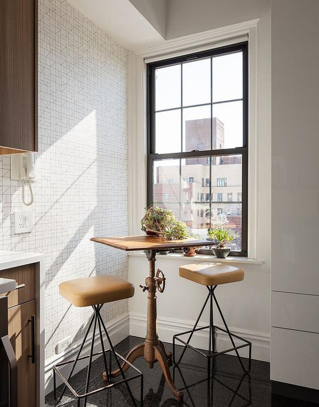 9 nhà bếp nhỏ vẫn có góc ăn đáng yêu, xinh xắn nhờ cách thiết kế thông minh - Ảnh 2.