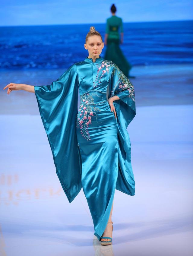 Khán giả Việt bức xúc khi áo dài bị gọi là phong cách Trung Quốc - Ảnh 2.