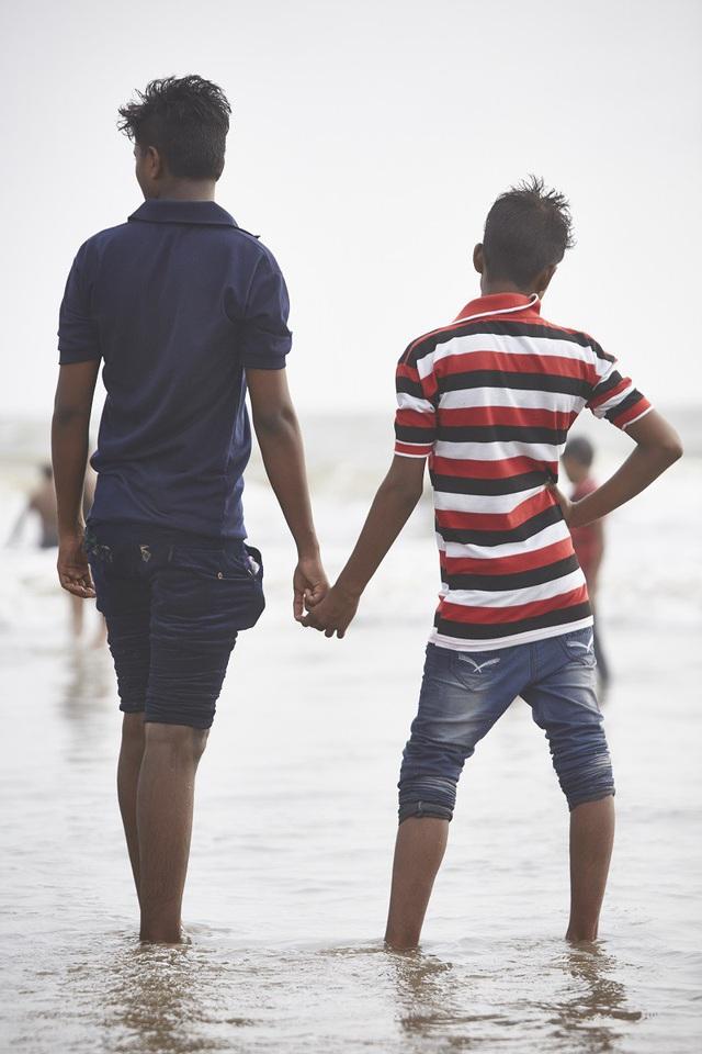 Vì sao đàn ông Ấn Độ thường nắm tay nhau mỗi khi ra đường? - Ảnh 5.