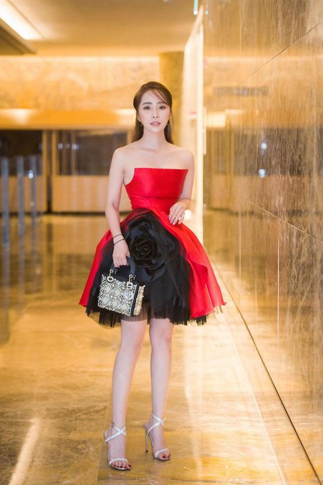 Quỳnh Nga chuộng mặc hở từ phim đến đời thường - Ảnh 6.