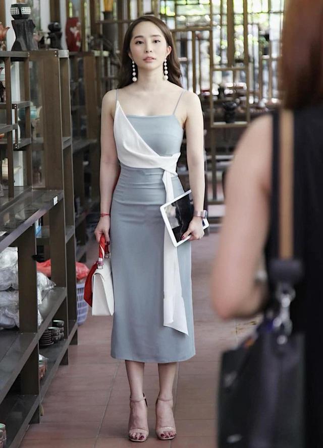 Quỳnh Nga chuộng mặc hở từ phim đến đời thường - Ảnh 9.