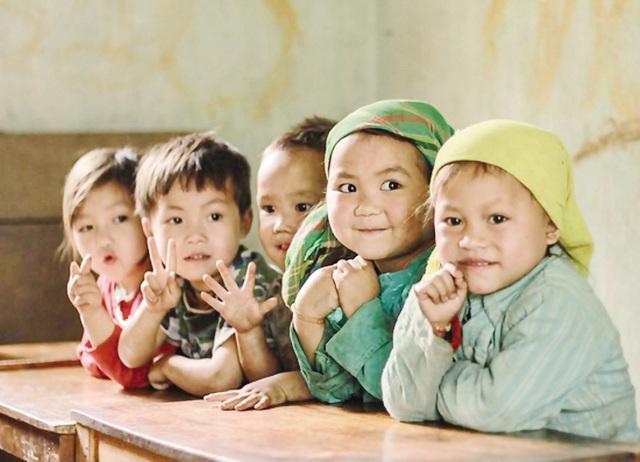Chính phủ phê duyệt Chiến lược dân số Việt Nam đến năm 2030: Quán triệt sâu sắc và triển khai đầy đủ Nghị quyết số 21-NQ/TW - Ảnh 1.