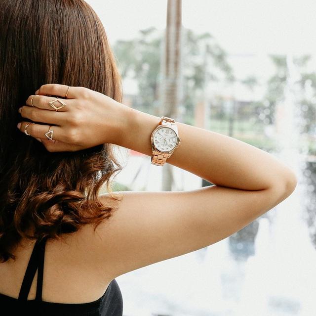"""""""Săn"""" đồng hồ xịn giảm gần nửa giá tại Thế Giới Di Động nhân ngày Black Friday - Ảnh 2."""