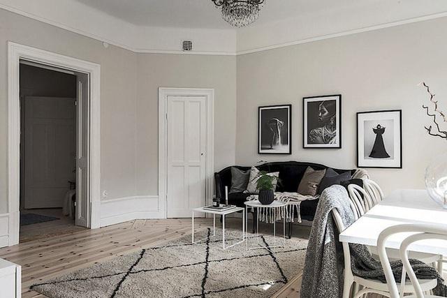 Căn hộ rộng 62m² sử dụng màu trắng là chủ yếu nhưng chẳng hề nhàm chán nhờ cách trang trí có tính thẩm mỹ cao - Ảnh 6.