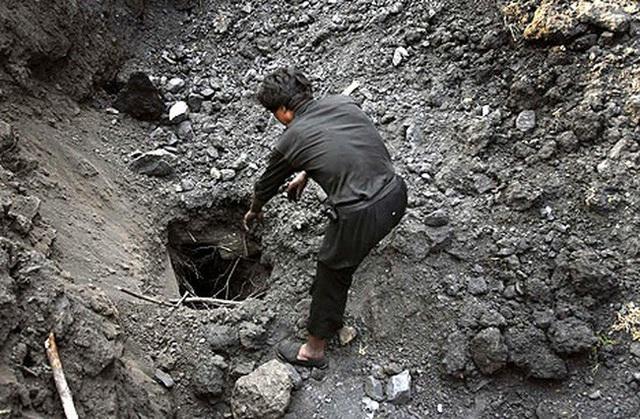 Sập mỏ, 9 công nhân sống sót sau 5 ngày nhờ tiếng chuột kêu, đến khi biết chân tướng sự việc, ai cũng ngỡ ngàng - Ảnh 2.