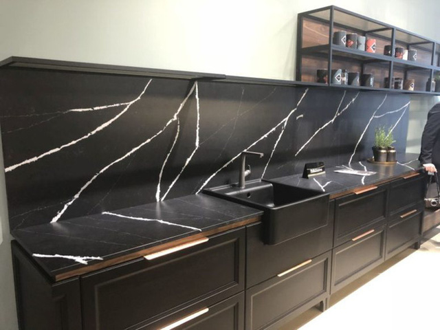 Những ý tưởng trang trí nhà bếp màu đen siêu ấn tượng - Ảnh 24.
