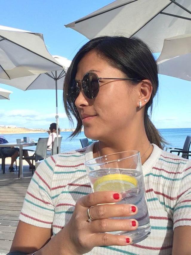 Cô gái HMông nói tiếng Anh như gió hậu ly hôn: Càng ngày càng xinh đẹp và cực thân với bố mẹ chồng cũ - Ảnh 11.