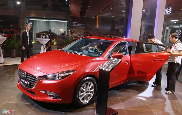 Đầu tháng 11, Mazda, BMW, Toyota, Honda... đua nhau giảm giá xả hàng - Ảnh 5.