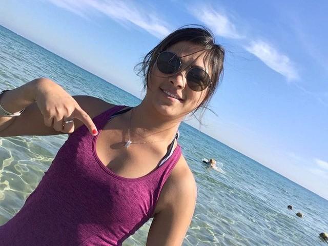 Cô gái HMông nói tiếng Anh như gió hậu ly hôn: Càng ngày càng xinh đẹp và cực thân với bố mẹ chồng cũ - Ảnh 10.