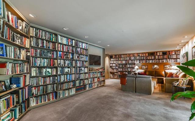 Biệt thự dành hẳn cả một tầng hầm làm thư viện với 2000 đầu sách của nữ ca sĩ kiếm ngàn tỉ chỉ trong 1 năm - Ảnh 6.