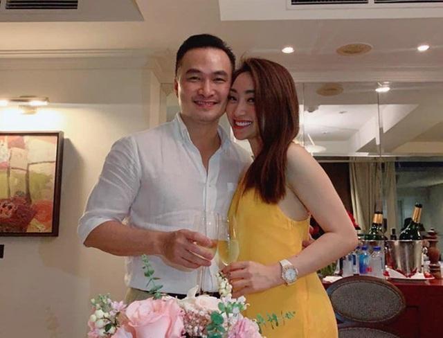 Yêu bạn gái doanh nhân Hà thành sau hai cuộc hôn nhân, Chi Bảo cũng giàu có hoành tráng không hề kém cạnh - Ảnh 1.
