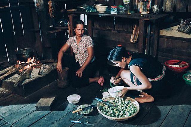 Hoa hậu nghèo nhất Việt Nam chia sẻ mâm cơm, chứng minh bản thân không giản dị  - Ảnh 4.