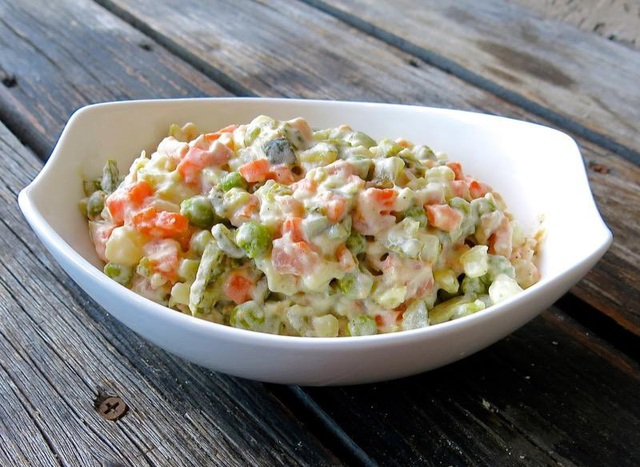 Salad Nga – món ăn ngon dễ làm, nhất định bạn phải thử - Ảnh 2.