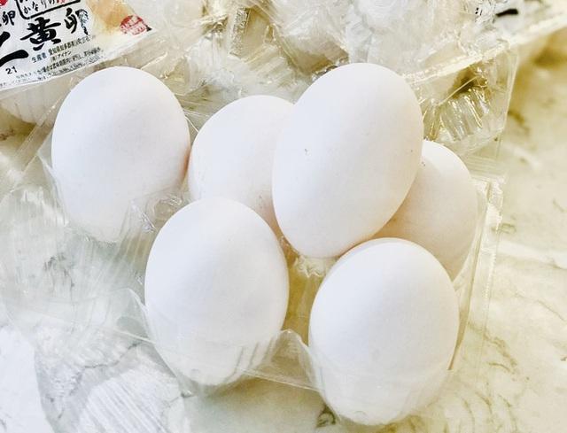 Trứng gà sinh đôi cháy hàng vì khách Việt săn lùng tẩm bổ - Ảnh 1.