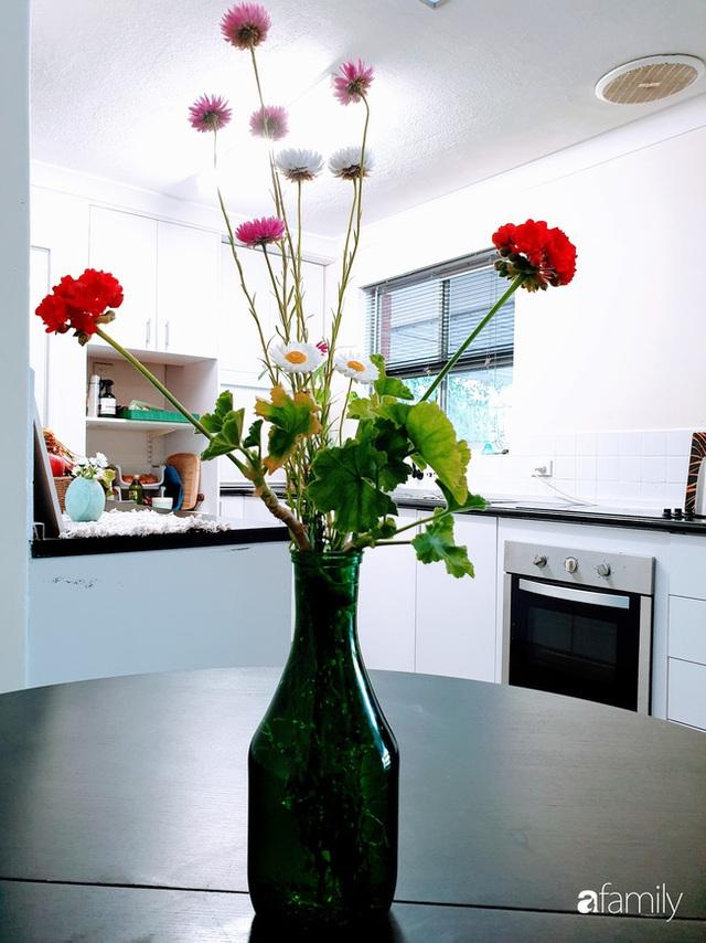 Căn bếp ấm cúng của bà mẹ trẻ yêu thích phong cách tối giản - Ảnh 18.