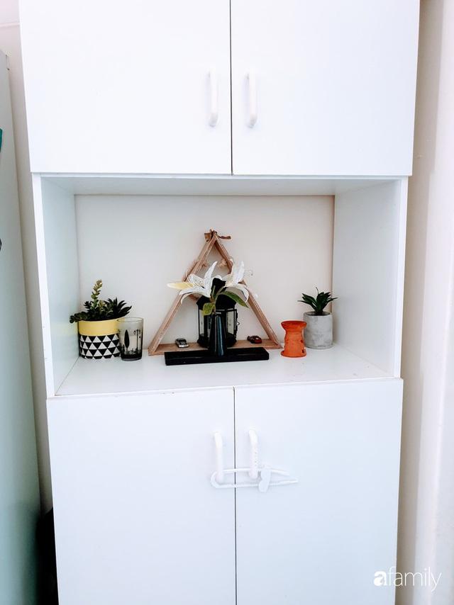 Căn bếp ấm cúng của bà mẹ trẻ yêu thích phong cách tối giản - Ảnh 6.