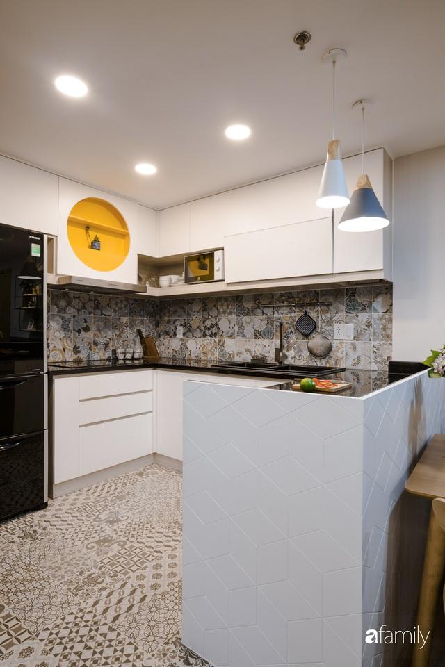 Căn hộ 60m² vừa xinh vừa ấm cúng của mẹ đơn thân ở TP. HCM là niềm mơ ước của bao người, đặc biệt là khu bếp - Ảnh 8.