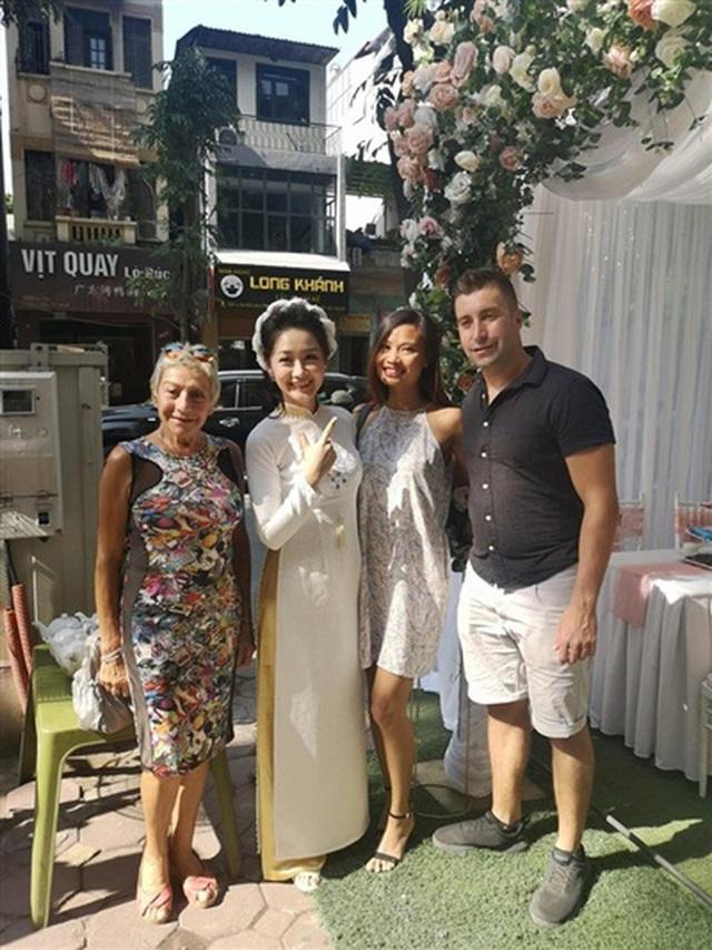 Nhan sắc xinh đẹp của BTV Thời sự VTV từng thi hoa hậu vừa bí mật ăn hỏi ở tuổi ngoài 30 - Ảnh 3.
