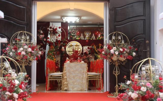 Biệt thự nhà Ông Cao Thắng đỏ rực và lộng lẫy theo phong cách người Hoa trong ngày ăn hỏi - Ảnh 12.