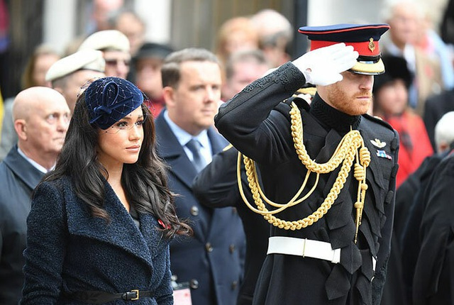 Bà Camilla hủy dự sự kiện chung với vợ chồng Meghan - Ảnh 2.