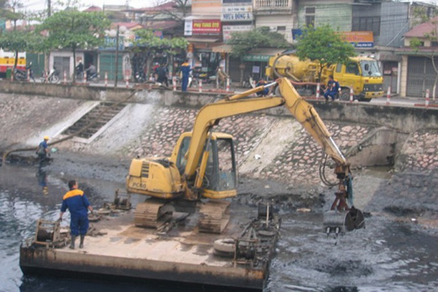 Hồi sinh sông Tô Lịch: Dân không quan tâm chỉ số, chỉ mong hết mùi hôi - Ảnh 2.