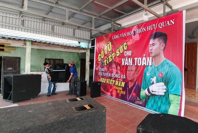 Hàng triệu người dân Việt xuống đường mừng chiến thắng 3-0 của U22 - Ảnh 71.