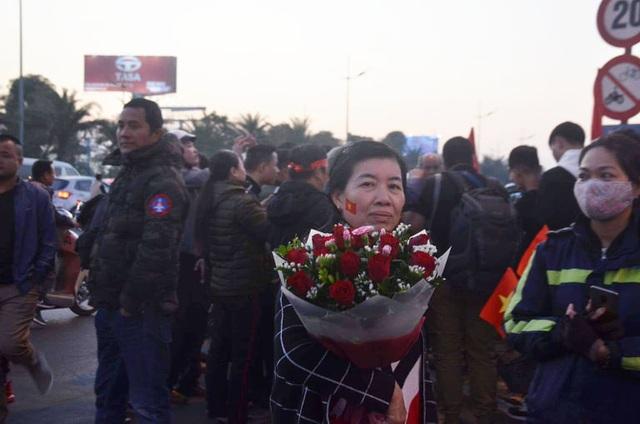 Thủ tướng Nguyễn Xuân Phúc chúc mừng HLV Park Hang-seo, Mai Đức Chung và toàn thể các cầu thủ vàng của bóng đá Việt Nam - Ảnh 23.