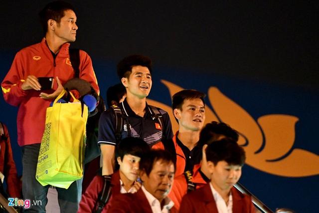 Thủ tướng Nguyễn Xuân Phúc chúc mừng HLV Park Hang-seo, Mai Đức Chung và toàn thể các cầu thủ vàng của bóng đá Việt Nam - Ảnh 14.