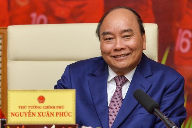 Thủ tướng Nguyễn Xuân Phúc chúc mừng HLV Park Hang-seo, Mai Đức Chung và toàn thể các cầu thủ vàng của bóng đá Việt Nam - Ảnh 1.