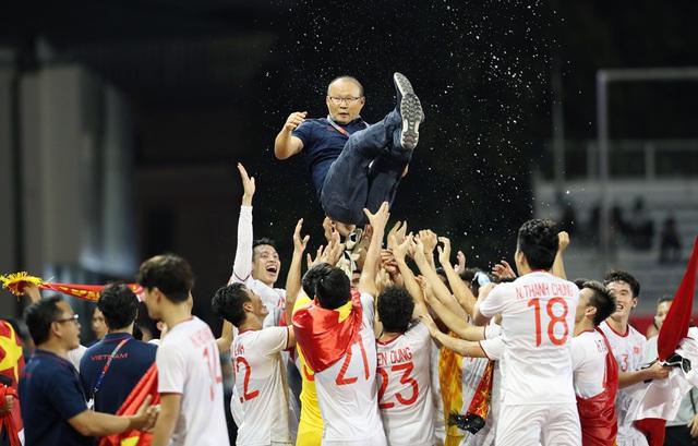 U22 Việt Nam và đội tuyển bóng đá nữ sẽ về nước lúc nào? - Ảnh 1.