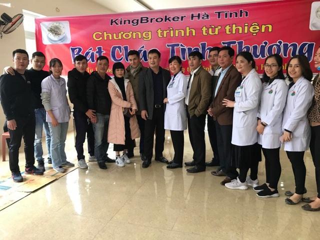 Bệnh viện đa khoa tỉnh Hà Tĩnh: Bát cháo tình thương ấm lòng người bệnh - Ảnh 8.