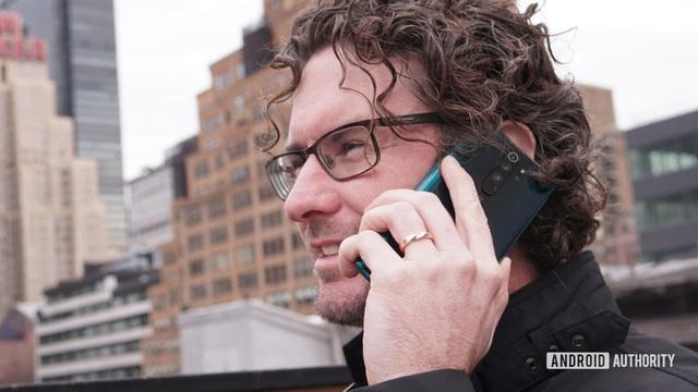 4 nguyên nhân khiến điện thoại sụt pin quá nhanh - Ảnh 2.