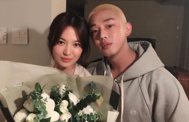 Song Hye Kyo mặt mộc trẻ trung ở tuổi U40 - Ảnh 2.