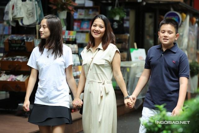 Cuộc sống bốn sao Việt định cư ở châu Âu - Ảnh 2.