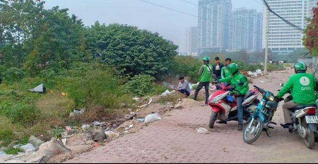 Hà Nội : Người dân hốt hoảng phát hiện xác thai nhi bọc trong túi ni lông ở bãi rác - Ảnh 1.