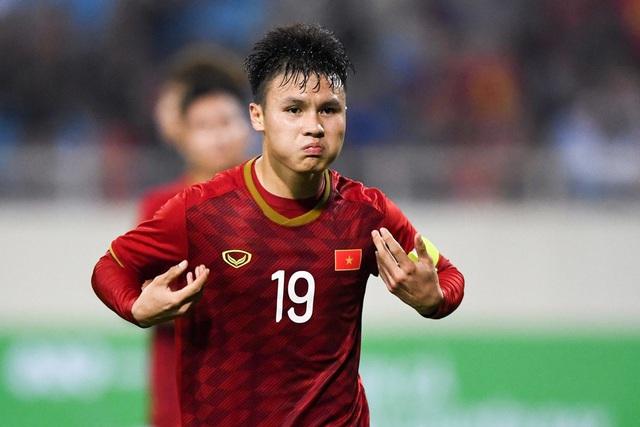 Báo châu Á chọn Quang Hải xuất sắc nhất bóng đá Việt Nam 2019 - Ảnh 2.