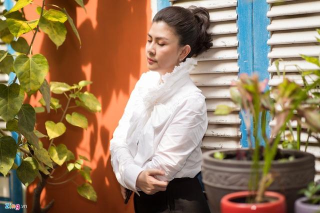 Sắc vóc của Kim Thư sau 7 năm sóng gió, bán xôi - Ảnh 3.