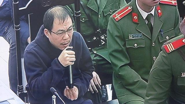 Vợ bị cáo Phạm Nhật Vũ: Tôi xác định cùng các con ở lại với chồng để vượt qua sóng gió - Ảnh 3.