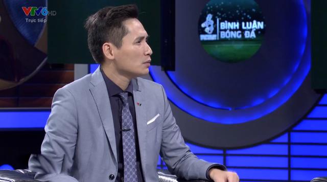 Chiến Thắng, Phan Đăng nói gì khi BLV Quốc Khánh giễu cợt thủ môn Bùi Tiến Dũng trên sóng truyền hình? - Ảnh 2.