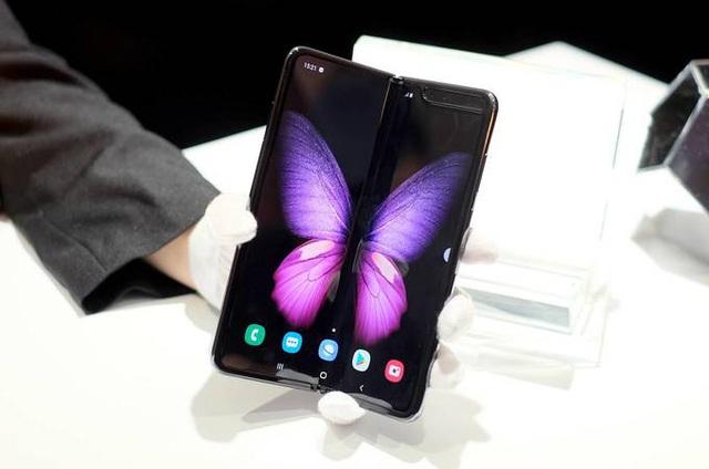 5 smartphone nổi bật bán trong tháng 12 - Ảnh 1.