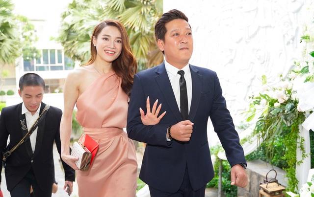 Hành động quan tâm bà xã cực đáng yêu của Trường Giang trong lễ cưới của Hoàng Oanh chiếm trọn cảm tình của cư dân mạng - Ảnh 3.