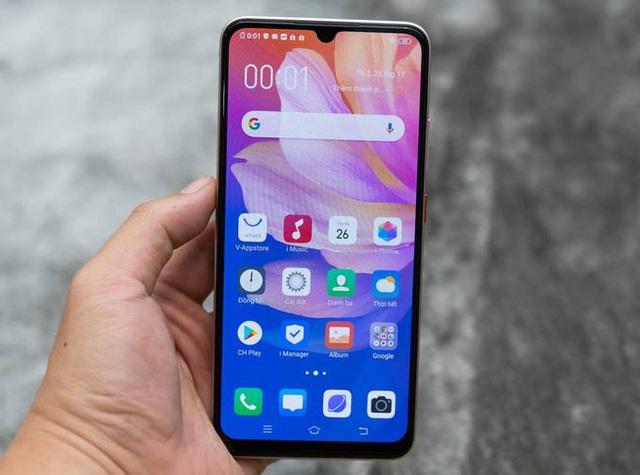 5 smartphone nổi bật bán trong tháng 12 - Ảnh 4.